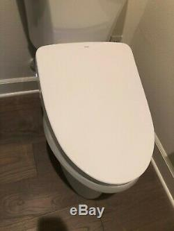 TOTO SW3056T40#01 S550E Elongated Bidet with EWATER+ White lightly used