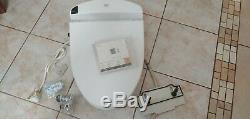 Toto Washlet E200 Bidet Seat COTTON COLOR Round Front (NEVER BEEN USED) Display